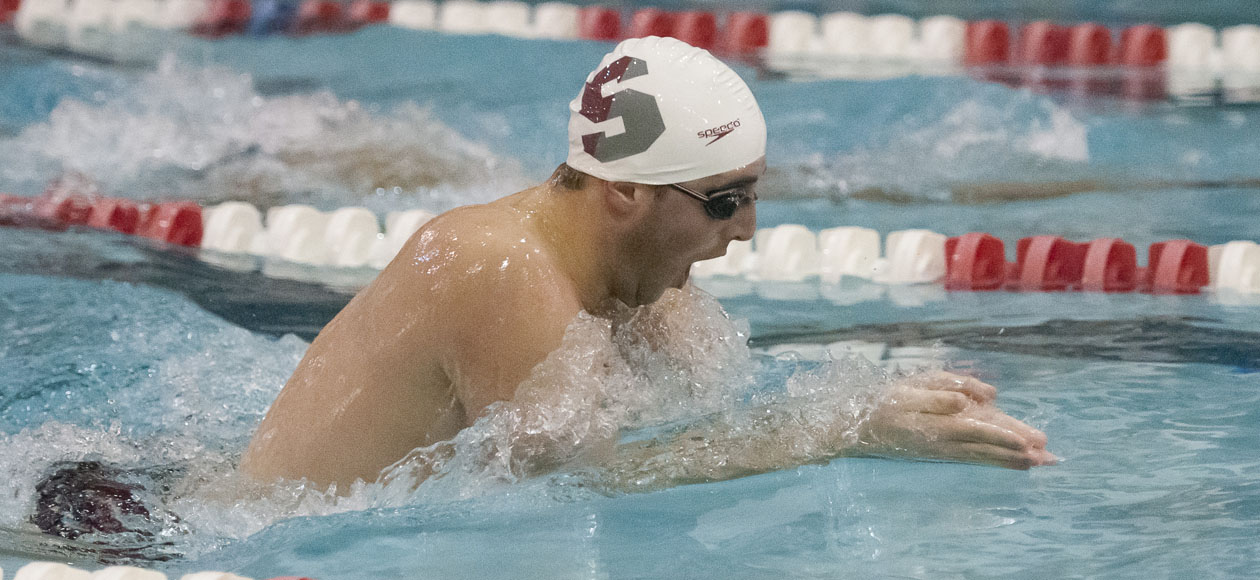 Men's Swimming and Diving Competes in Tri-Meet with Wheaton and Keene State