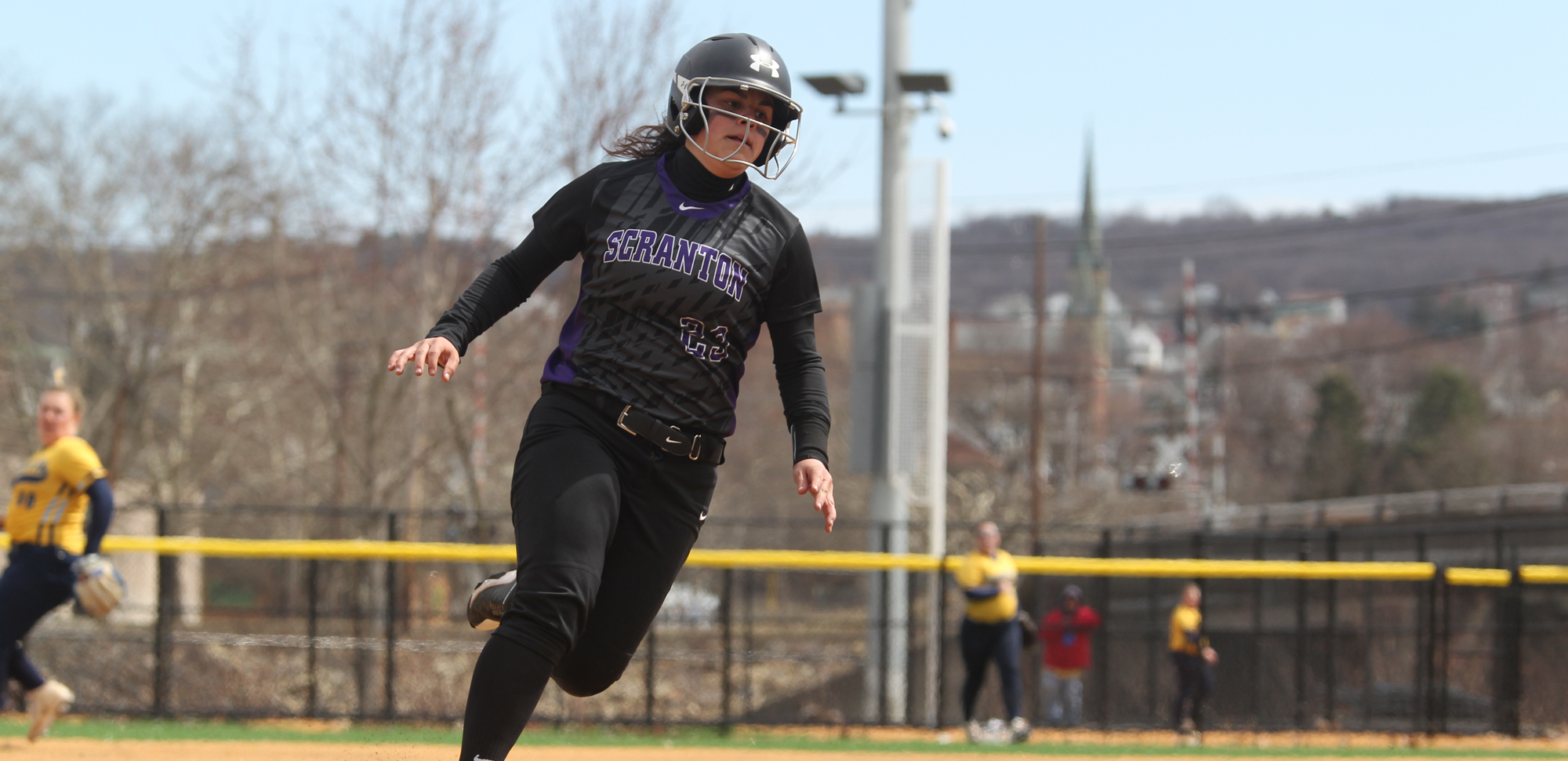 Softball Wraps Up Regular Season by Splitting With DeSales