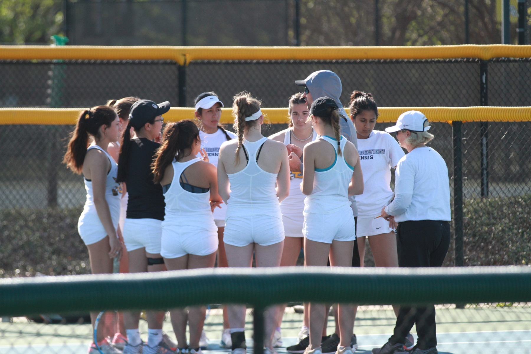 Depth Shines for Women's Tennis Against Centenary