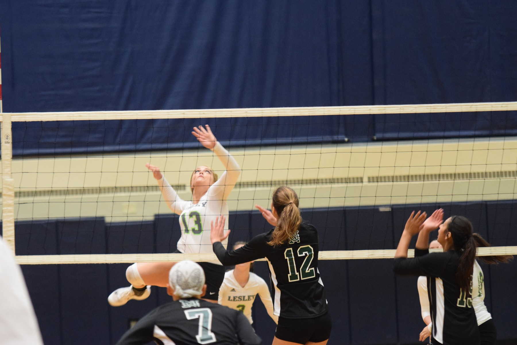 Lynx downed Dean 3-2, Remain Untouched in Conference Action