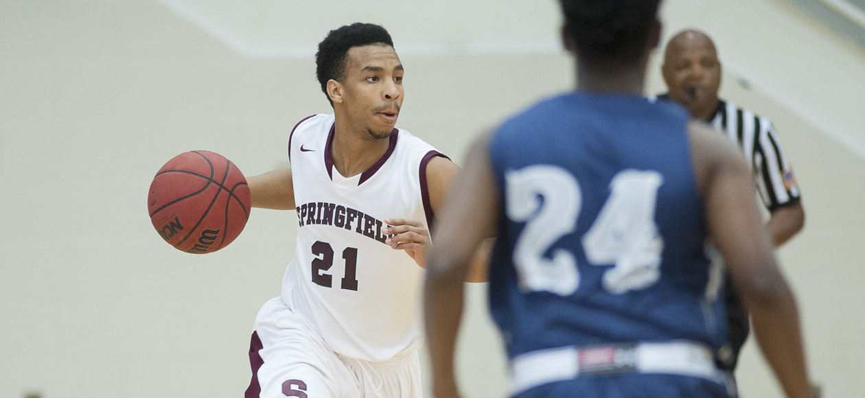 Men's Basketball Opens Season With 80-69 Victory Over Western New England