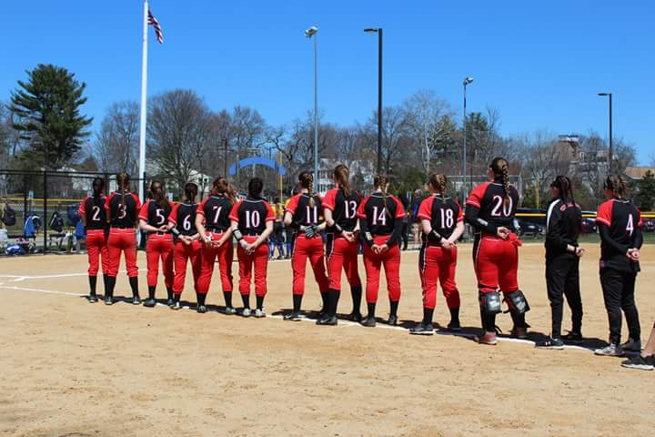Softball sweeps Northern Essex