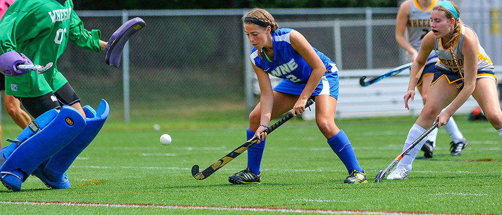 Mount Holyoke Tops Field Hockey, 5-1