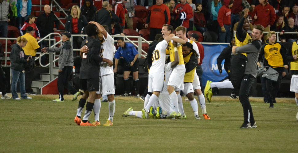 Men's Soccer Faces No. 12 Creighton in Omaha for NCAA Championship Semifinal Berth