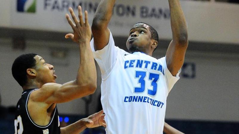 Second Half Comeback Leads Mount to Win at CCSU