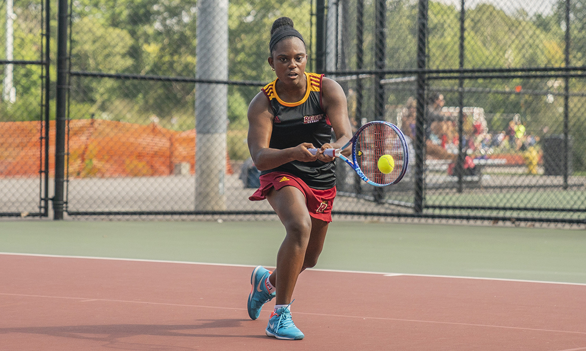 Women's Tennis Holds on for Victory