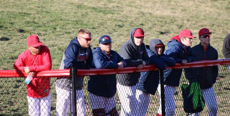 Baseball Splits Weekend Series With Truman State