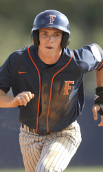 Titans Score Early, Often to Rout Waves