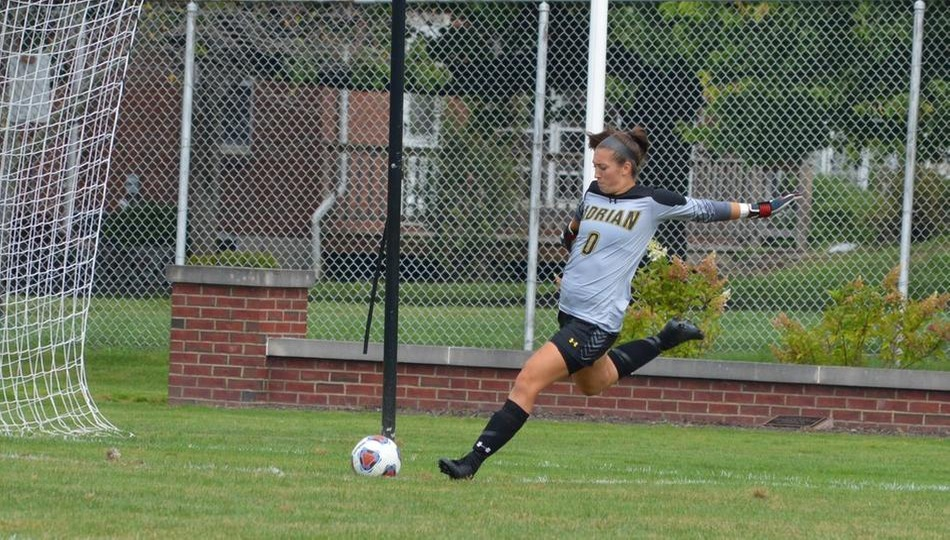 Women's Soccer Plays to Draw in Defensive Battle with Roanoke