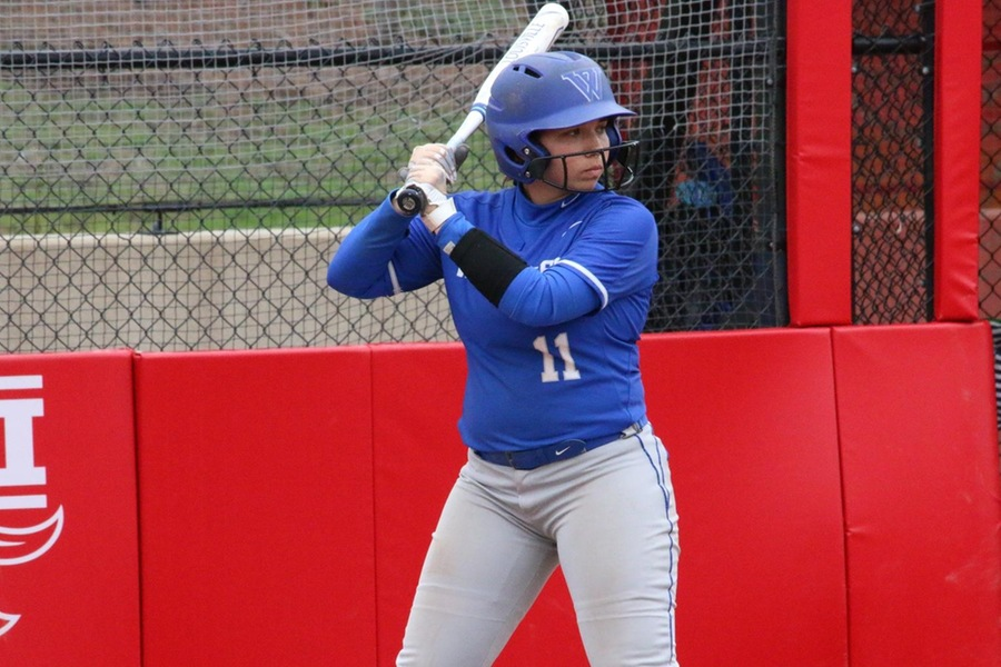 Kalei Oliver put the Blue ahead with an RBI single in the sixth (Max Berkowitz).
