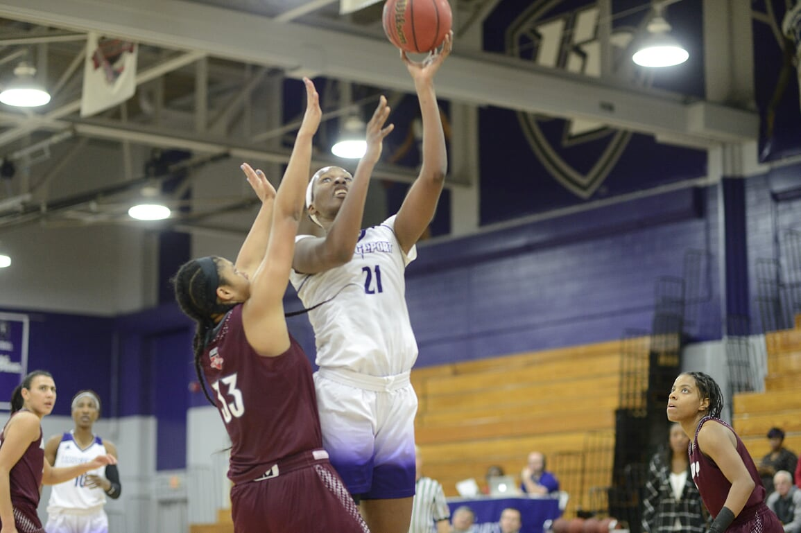 Women's Hoops Battles But Falls To Unbeaten Jefferson University, 70-54