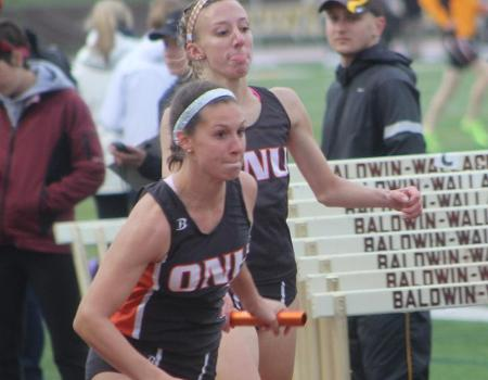 Women's Outdoor Track & Field sits in sixth place after Day 1 of OAC Championships