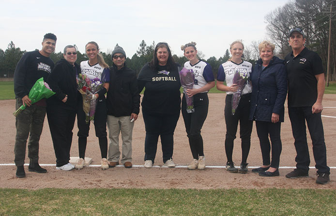 Softball Splits Senior Day Twinbill with Bentley, Nabs 3-1 Win in Game Two