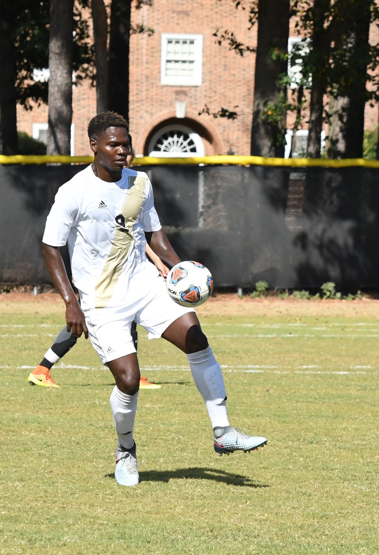 Bishop Soccer drops close Battle with UMW
