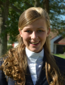 UMW Riding Team Takes Third at UMW Sunday Show