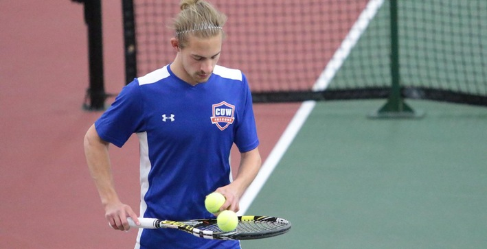 Men's Tennis drops matches to Wooster, Carthage