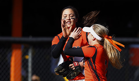 Softball Finishes Season with Best Record in 12 Years