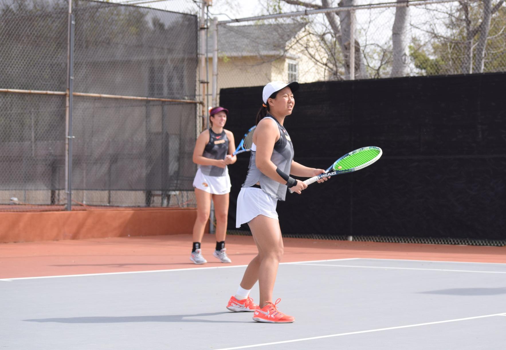 No. 21 Women's Tennis Dominates Colby