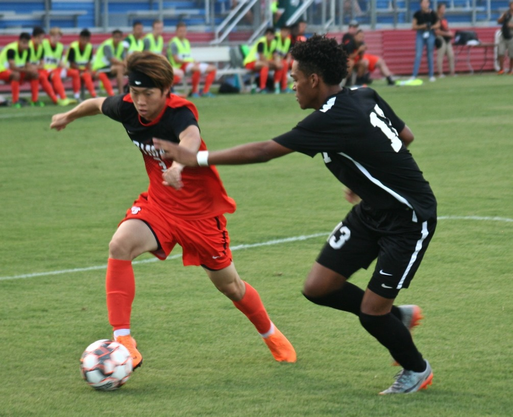 Freshman Itsuki Ishihara scored a goal and had an assist in the Aztecs 5-1 win at Glendale Community College. The Aztecs improved to 3-1 on the season. Photo by Stephanie Van Latum