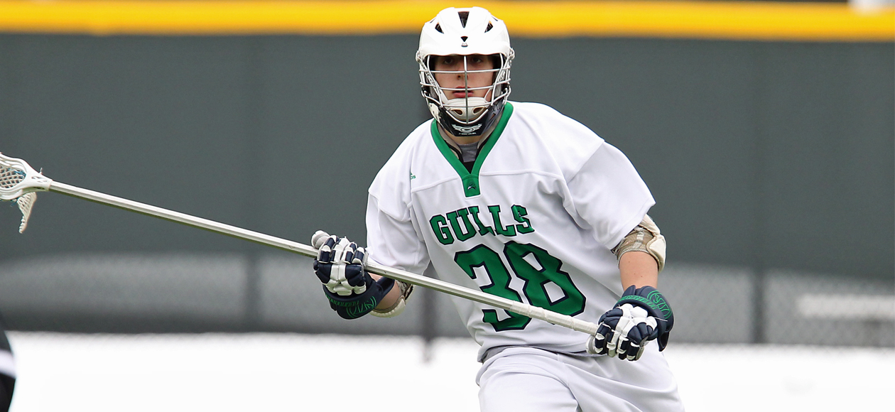 #15 Endicott Remains Atop CCC Standings after 13-2 Win over Wentworth