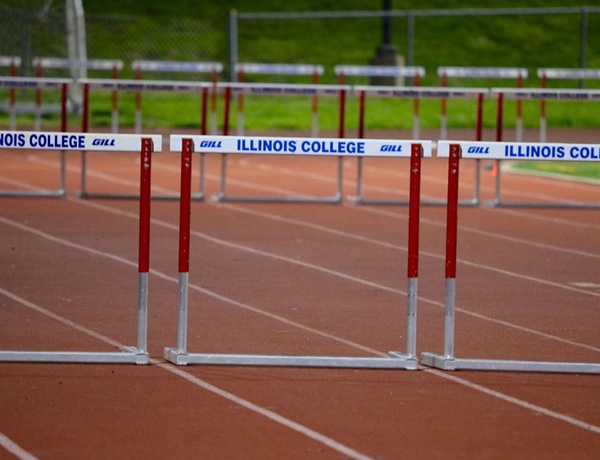 Men's and Women's Track Compete in Jim Green Inviitational