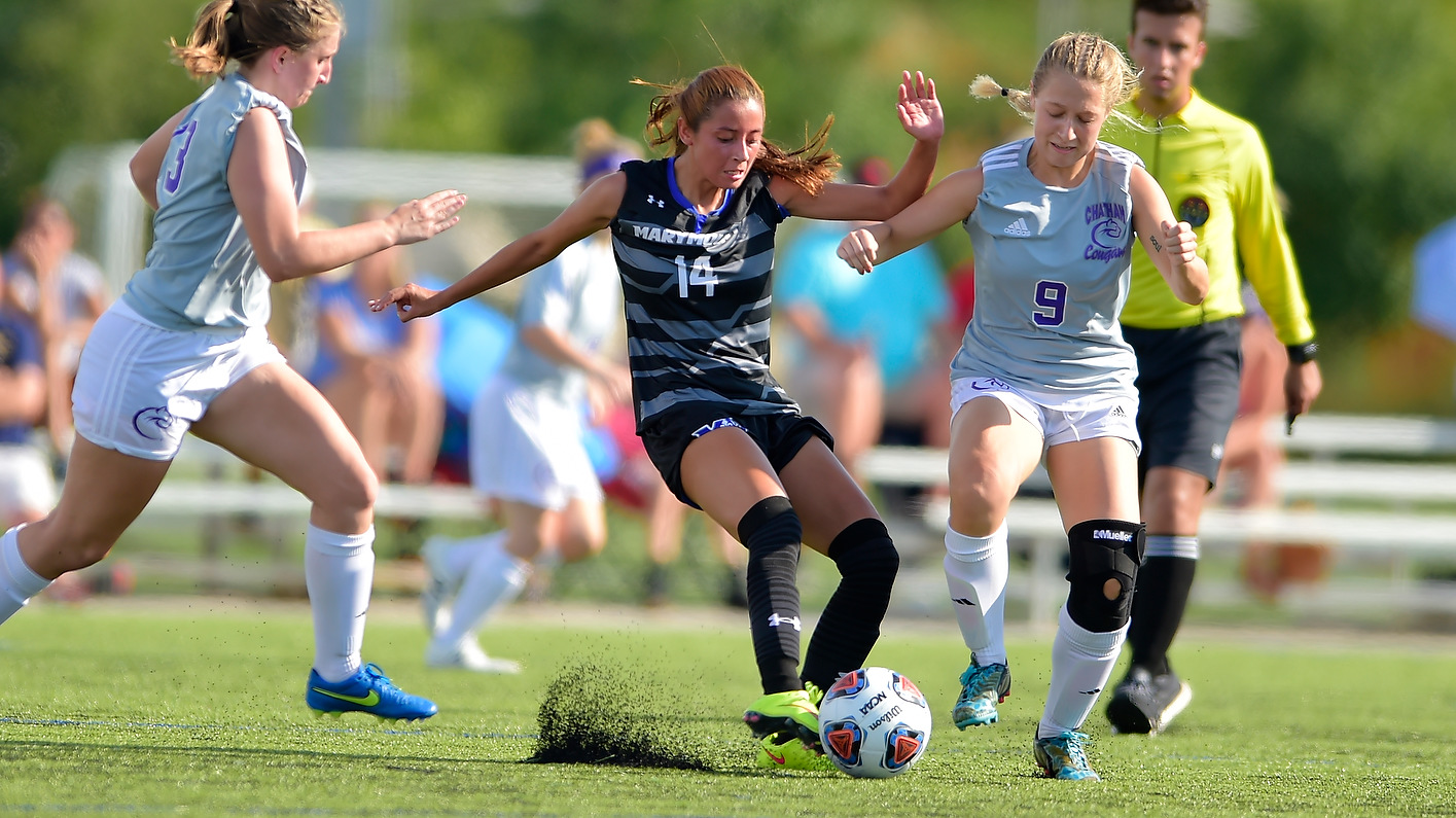 Reyes Scores Saints' First Goal, Women's Soccer Falls To Knights.