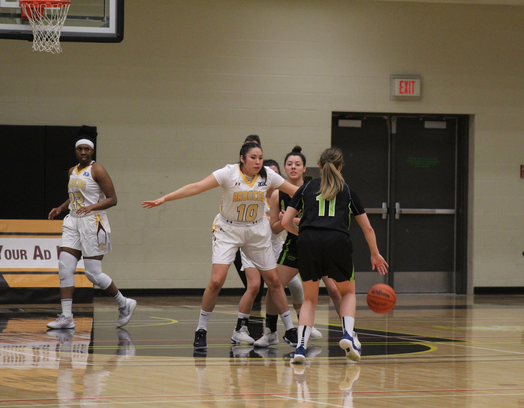 Broncos sink an ACAC record tying 17 three-pointers in win over Queens