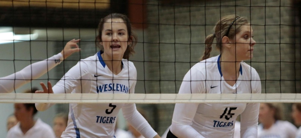 DWU volleyball adds two wins on Friday, Frick records career high