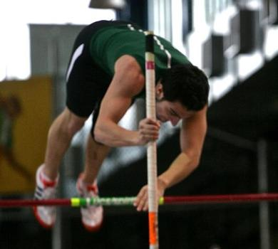 Rams Pole Vaulters Excel at Molloy Invite