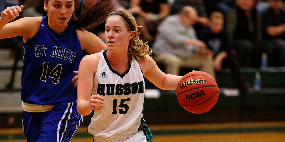Women's Basketball Cruises to 90-38 Win over Green Mountain