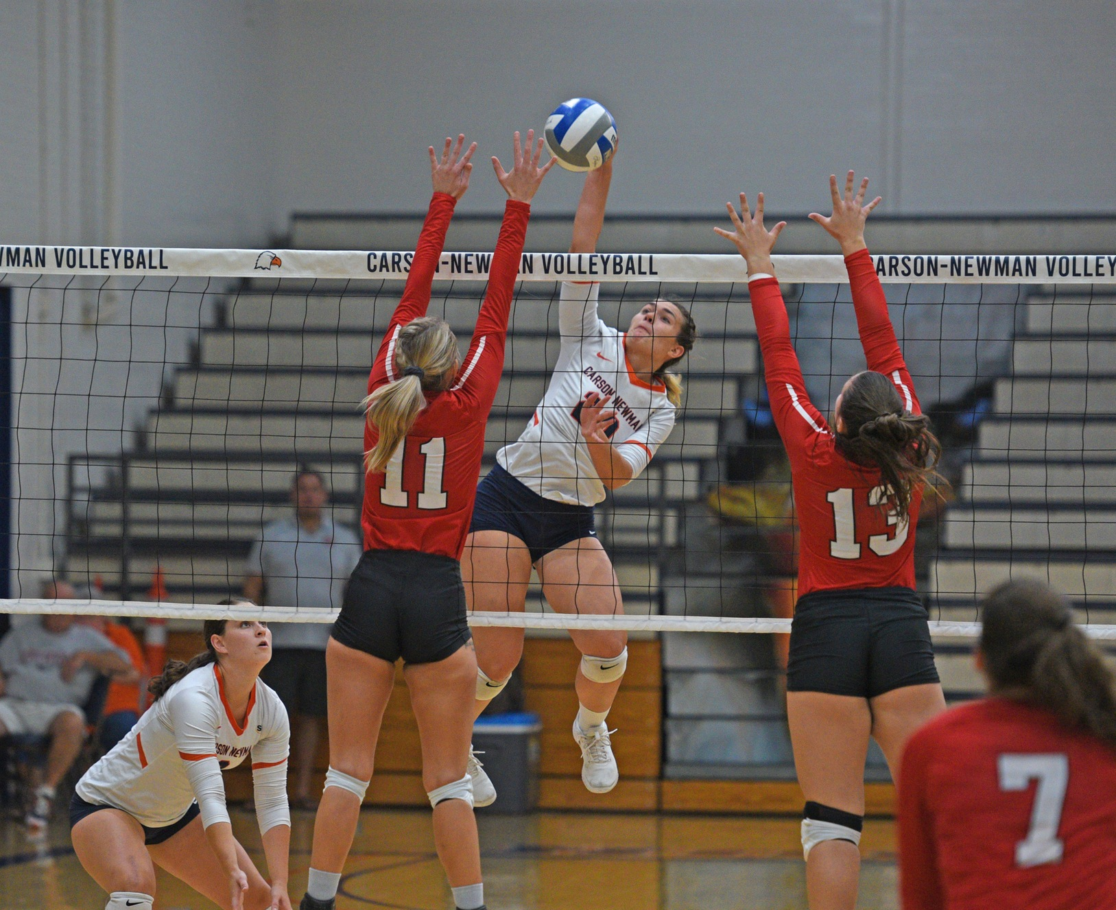 Balanced attack fuels C-N's sweep in SAC opener