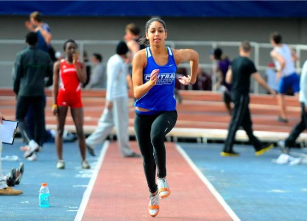 Saunders: NEC Field Athlete of the Week