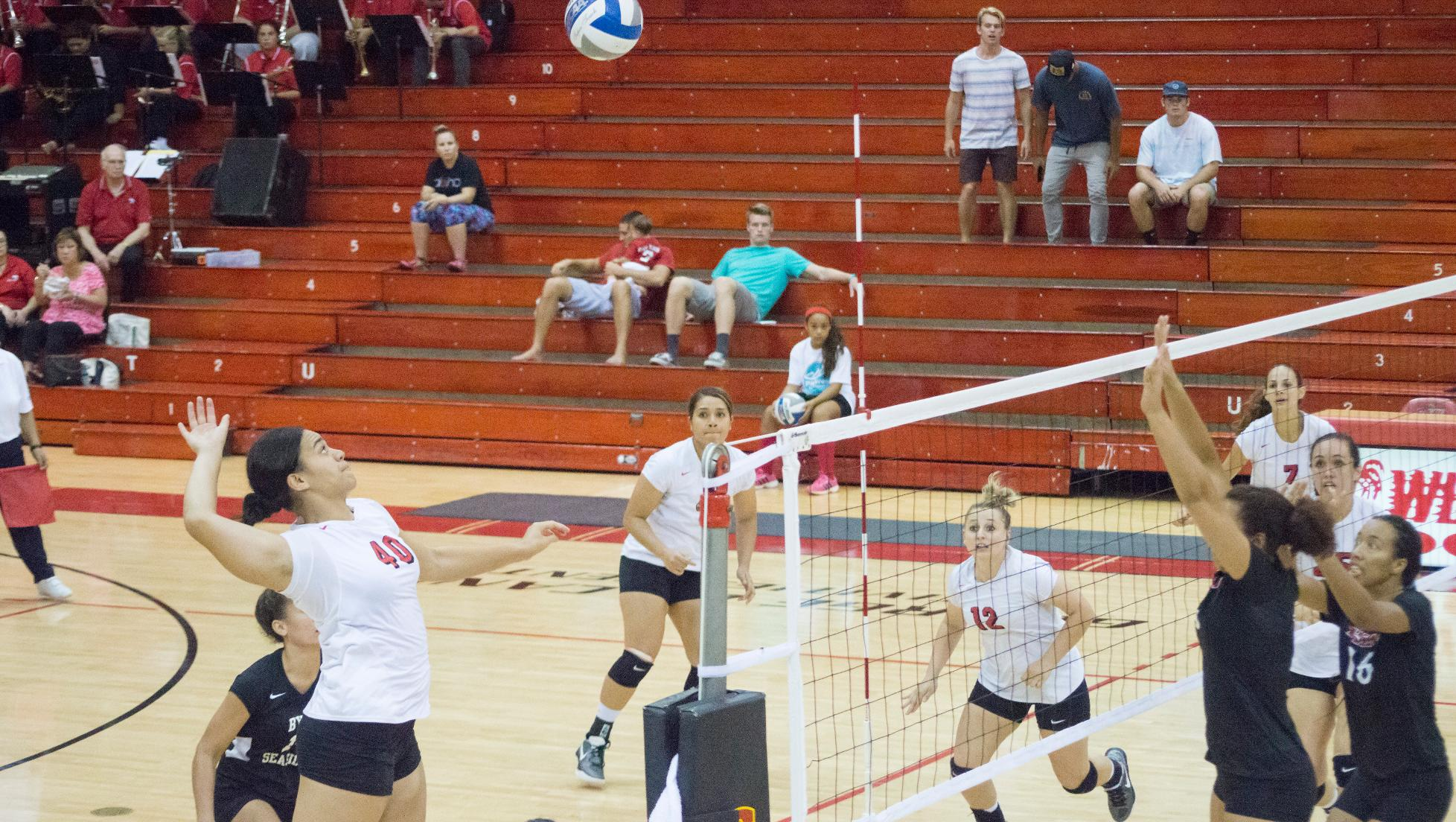 Seasiders fall in five to Vulcans
