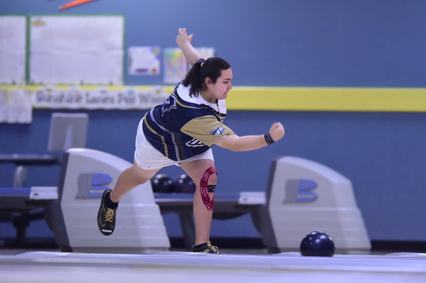 Mount Bowling in ITC Sectionals Cut After Day One