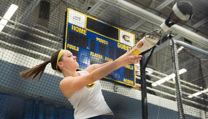 Women's Indoor Track & Field Competes at Warren Bowlus Open