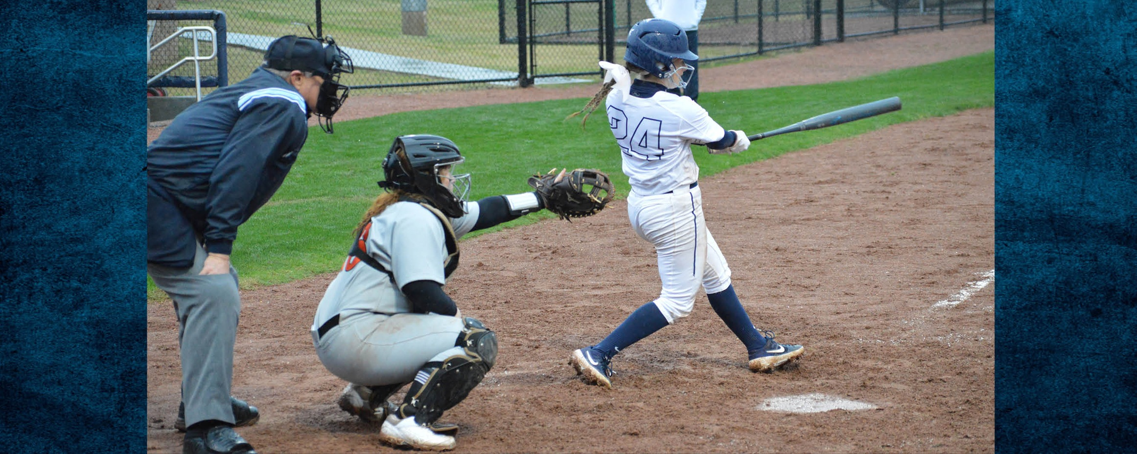 Archer's 2 HR lead Lady Bulldogs to sweep
