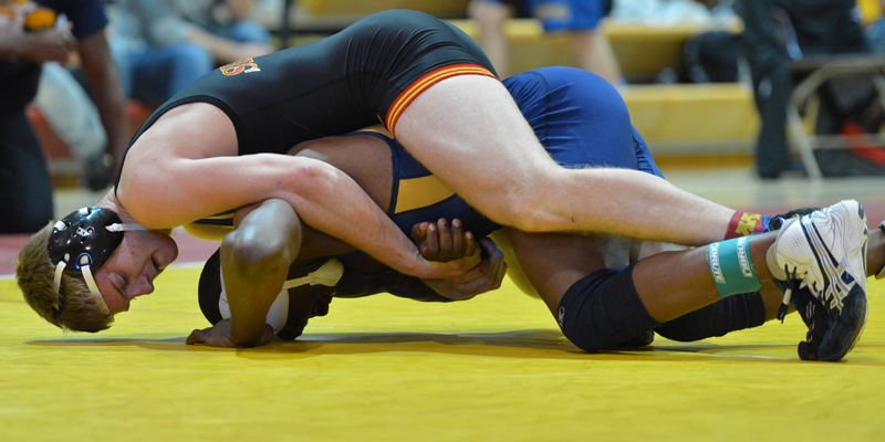 Win over St. John's highlights Simpson's day at Gator Duals