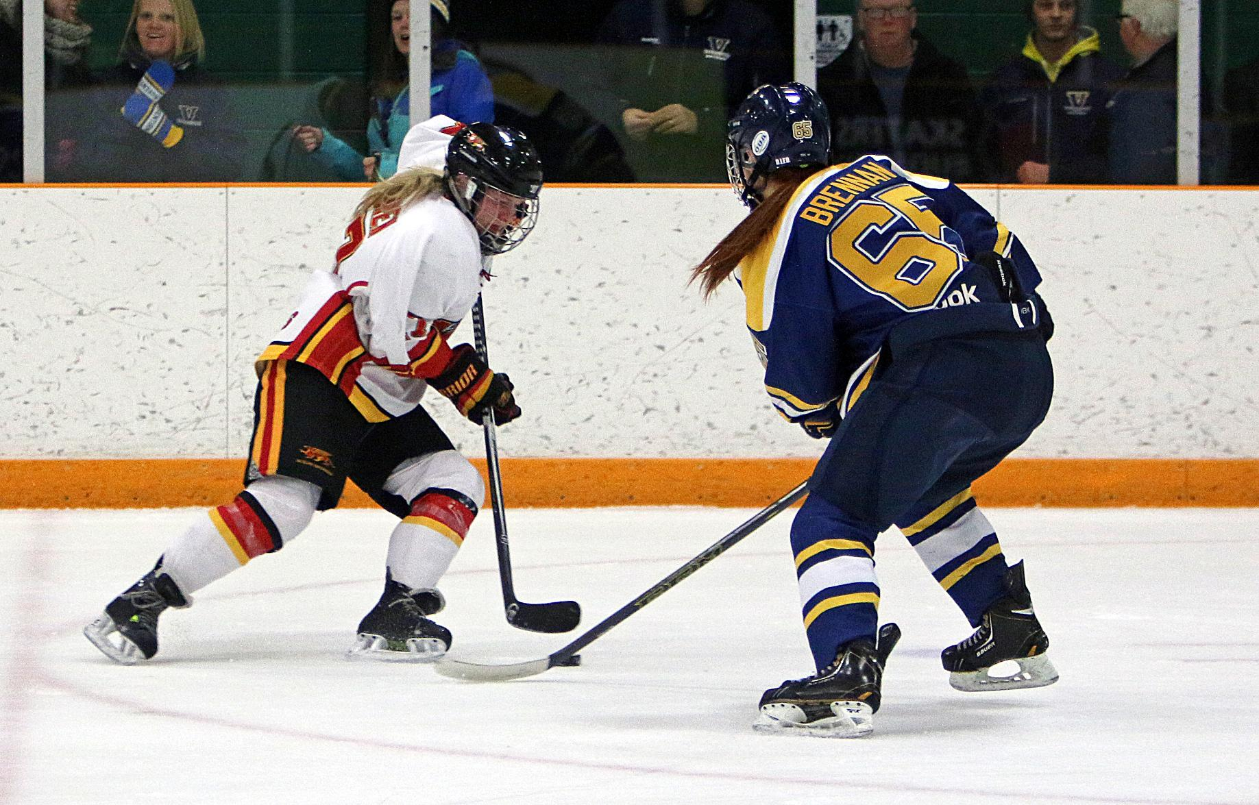 WHKY | Voyageurs Regroup for 5-0 Win at Laurier