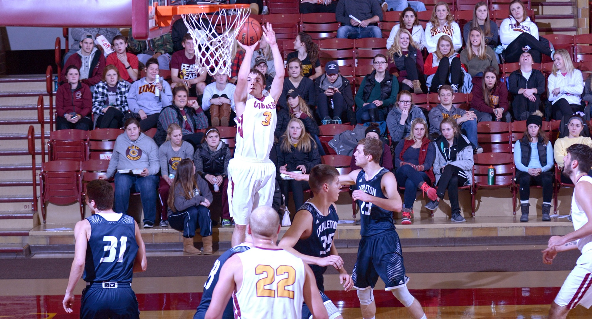 Senior Zach Kinny scored a team-high 12 points and grabbed five rebounds in the Cobbers' game at Carleton.