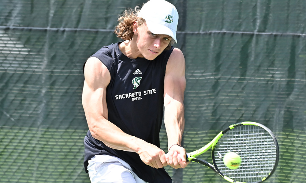 MEN'S TENNIS IMPROVES TO 5-3 IN LEAGUE AFTER 6-1 HOME WIN OVER WEBER STATE