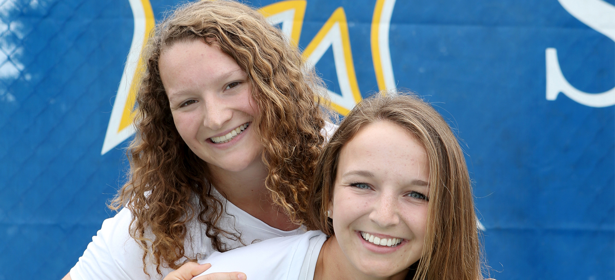 St. Mary's Women's Tennis Splits CAC Matches on Senior Day