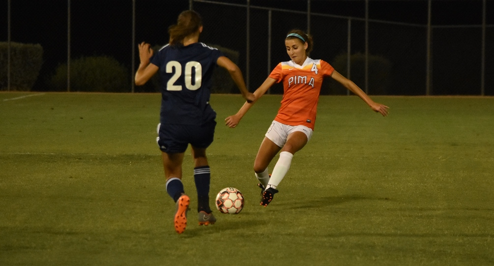 Freshman Brianna Lewis (Tucson HS) scored the second goal for the Aztecs as Pima and Scottsdale Community College finished in a 2-2 tie. The Aztecs are now 3-2-1 on the season. Photo by Ben Carbajal