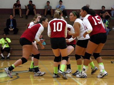 Game Recap: Volleyball Falls to Northampton