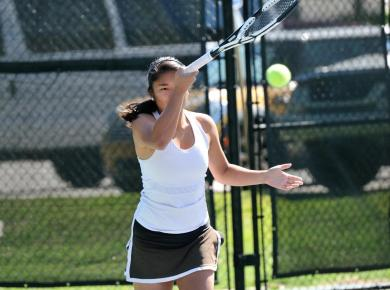 Women's Tennis Falls at Rhodes, 7-2