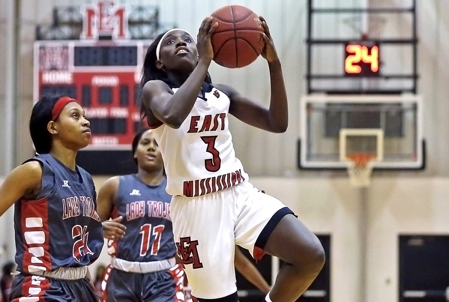 EMCC falls at Holmes in resumption of MACJC North Division hoops slate