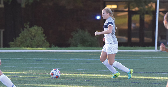 Women's Soccer Drops Landmark Conference Opener to Scranton