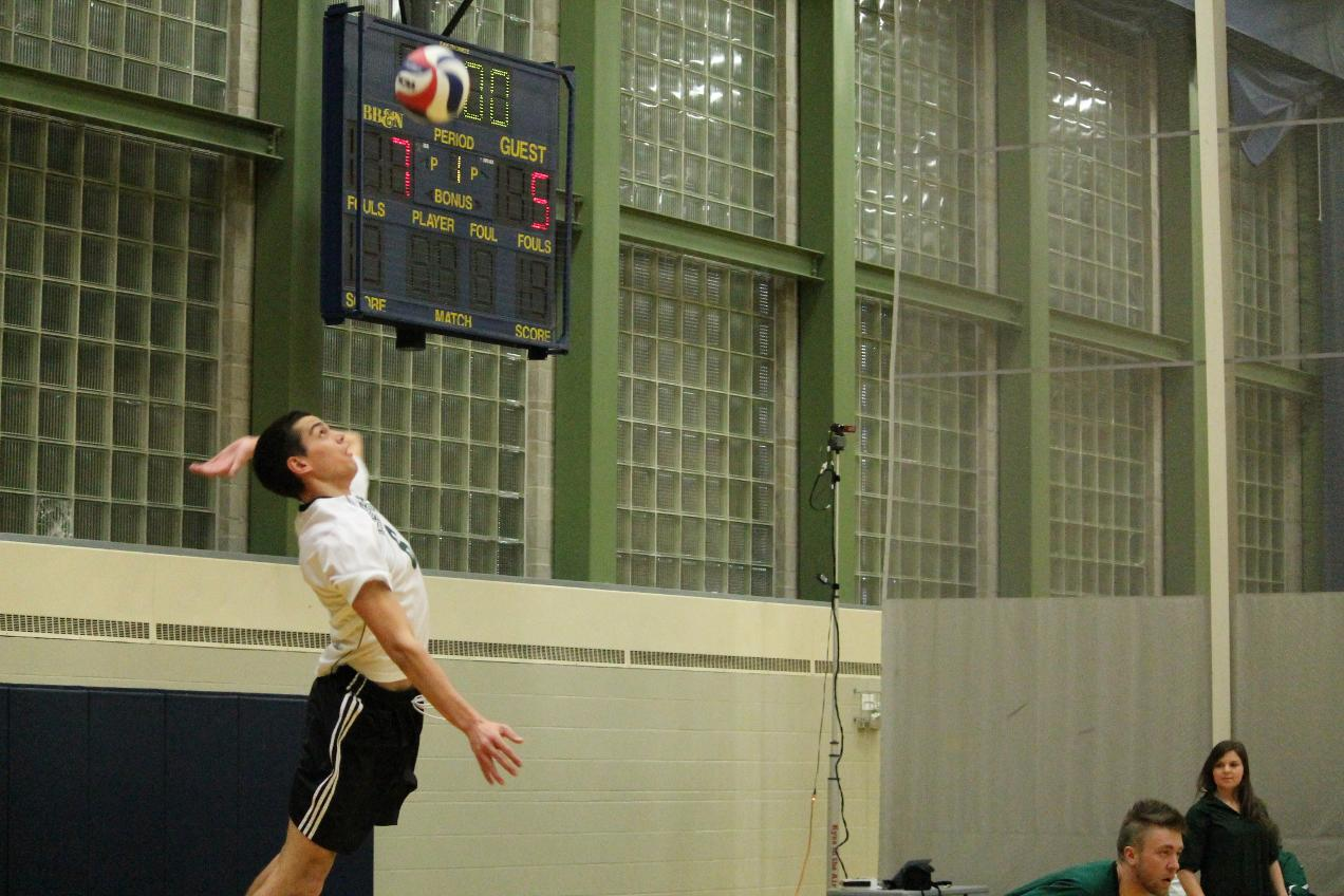 Men's Volleyball Falls to Regis