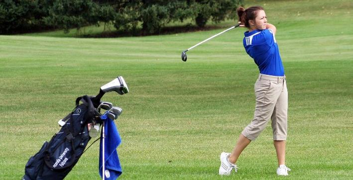 Puch, Women's Golf lead NACC Championship after first round