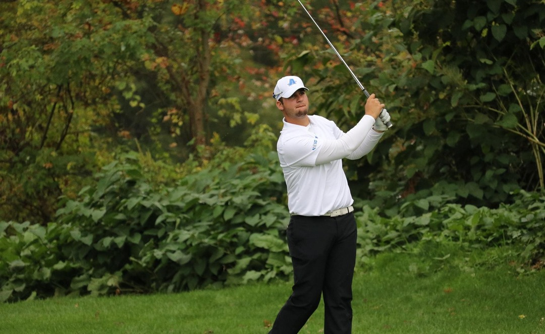 Men's Golf Claims First Place at Le Moyne Fall Invitational