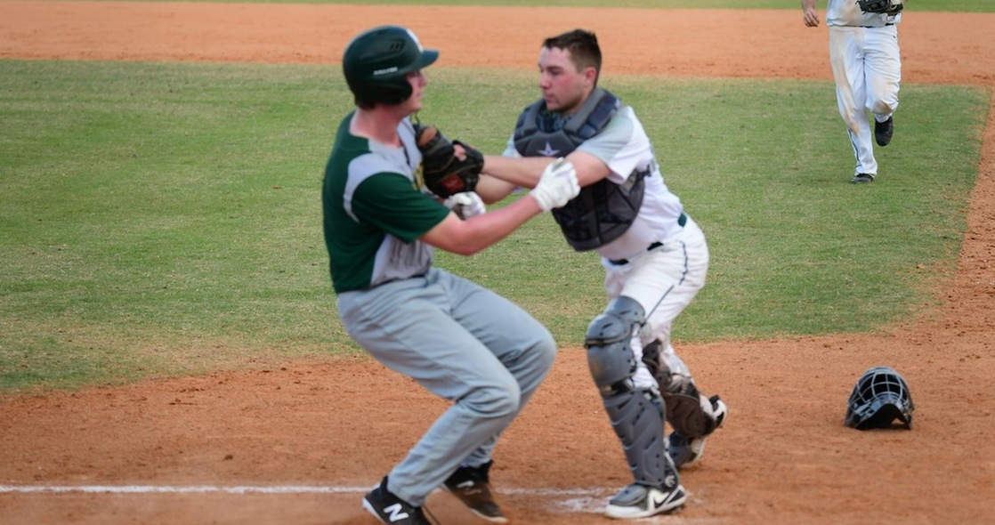 Baseball Heads to Bluffton for Doubleheader on Saturday